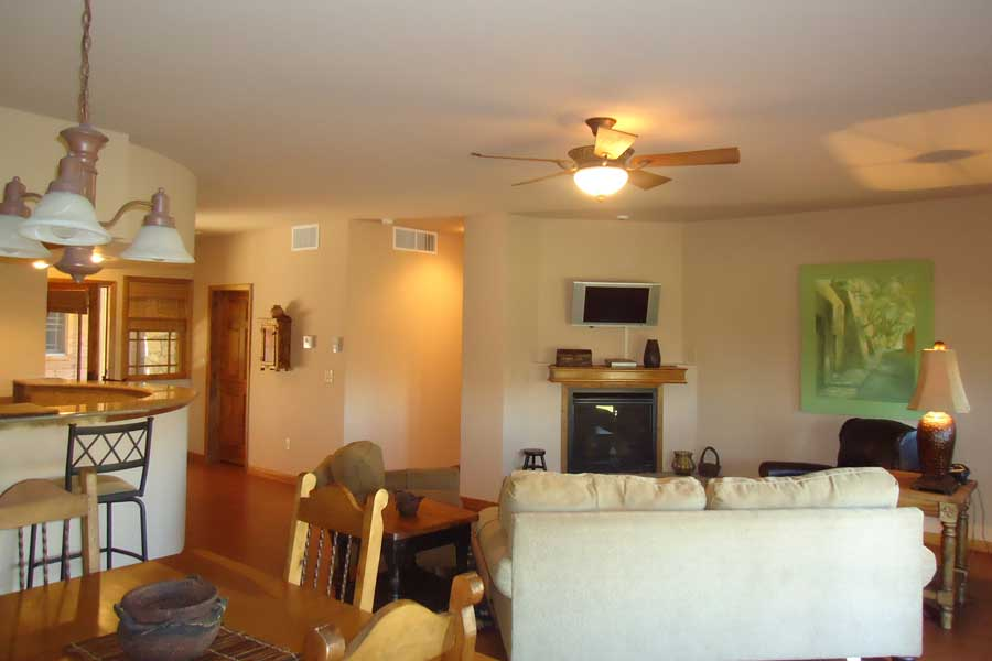 Accommo Parlor-Boardwalk-Suite-1